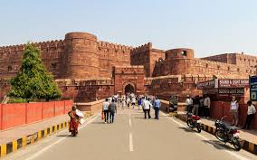 Entrace for tourists, Agra Fort