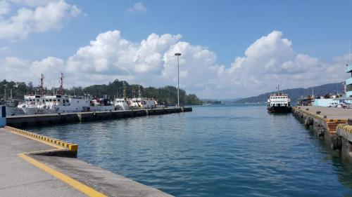 Jetty - Going to board ferry for Havelock Island